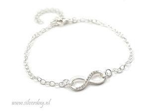 Sterling Zilveren Armband- Infinity met Kristallen