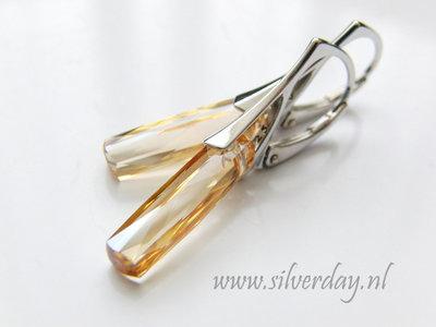 """Zilveren Oorbellen met Swarovski Column """"Crystal Golden Shadow"""""""