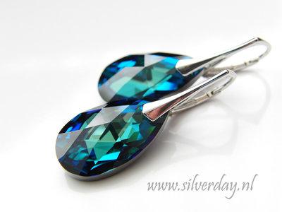 """Zilveren Oorbellen met Swarovski Almond """"Bermuda Blue"""""""