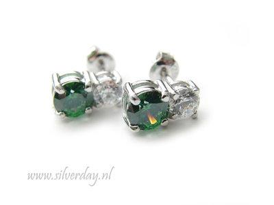 "Sterling Zilveren Oorstekers met Dubbele Swarovski Zirconia ""Crystal-Green"""
